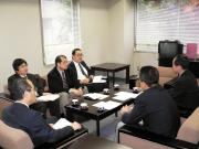 Mr. Sakurada and the team discussing equal treatment for part-time workers